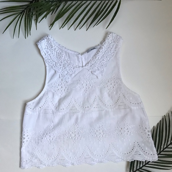 White lace crop top style shirt